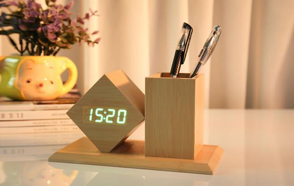 Đồng hồ LED hộp bút để bàn